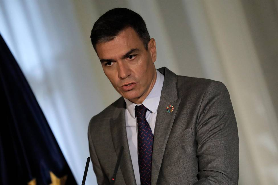 Sánchez felicita a Scholz y defiende que España seguirá trabajando con Alemania por una Europa más fuerte