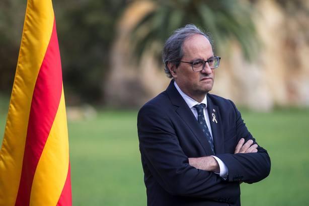 El presidente de la Generalitat, Quim Torra ante el monumento al expresidente catalán Lluís Companys en el cas