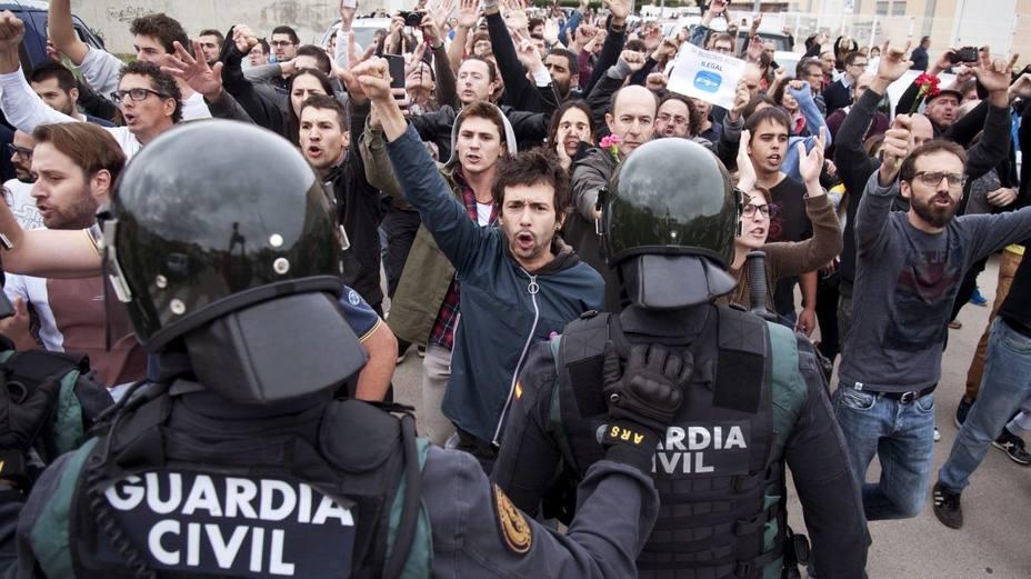 La Audiencia de Barcelona carga contra la Guardia Civil por no dejar votar el 1-O