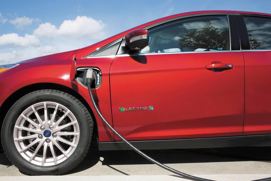 El automóvil reclama más millones al Gobierno para fomentar la movilidad sostenible
