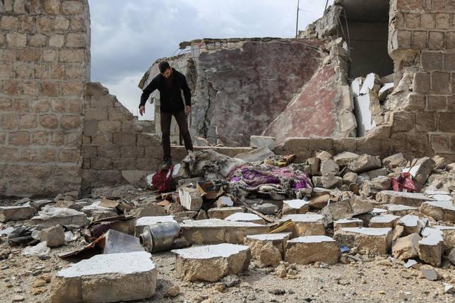 Cinco civiles muertos en dos atentados en Siria