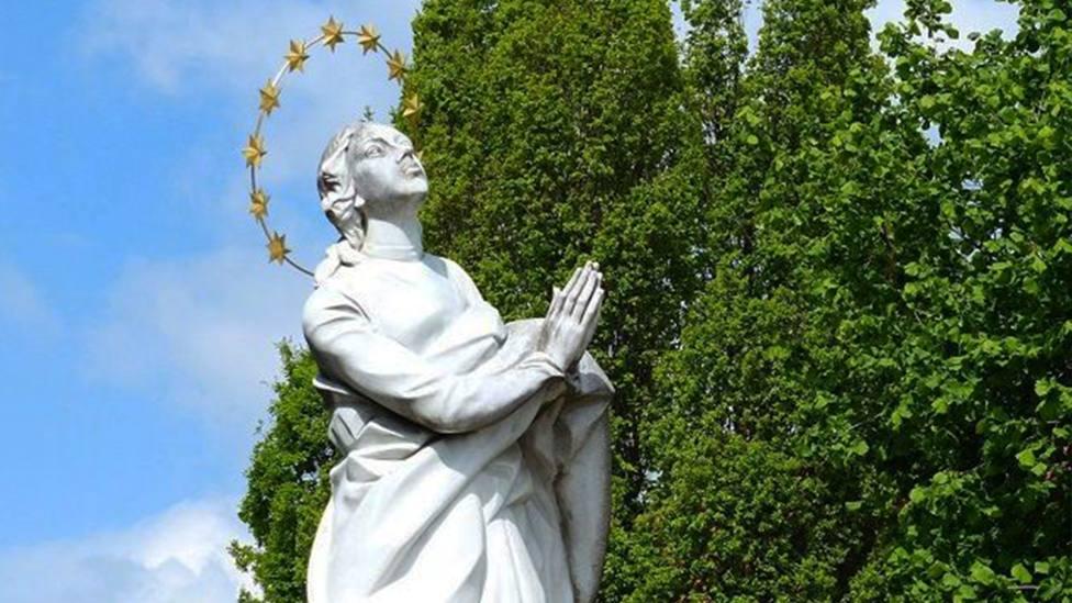 La Virgen del Exilio, la talla de María creada por víctimas del comunismo
