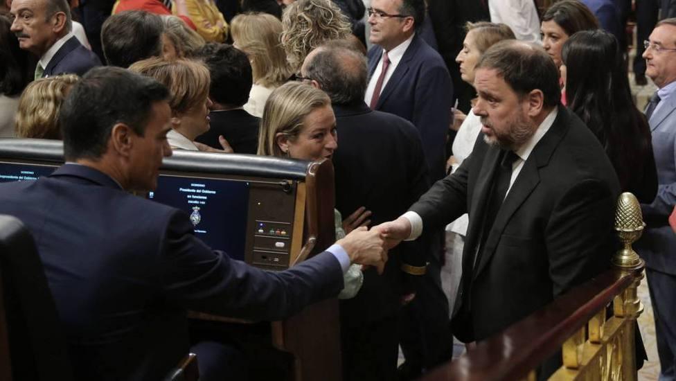 La desesperación de Sánchez en su tercera investidura deja a España en manos de los separatistas, y más claves