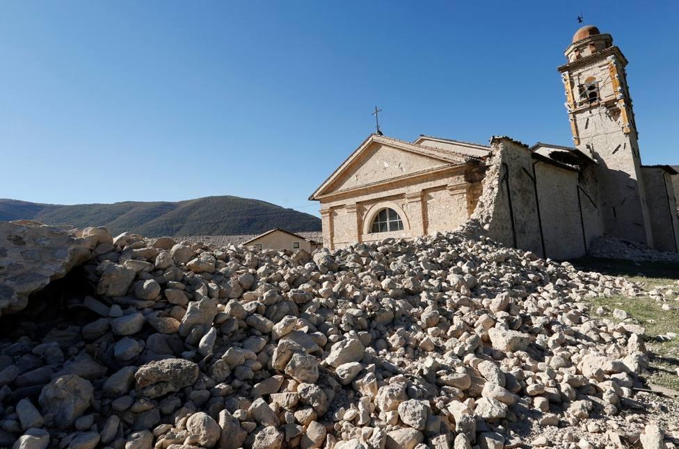 Excavan entre los escombros de una iglesia y dan con este valioso hallazgo a cuatro metros de profundidad