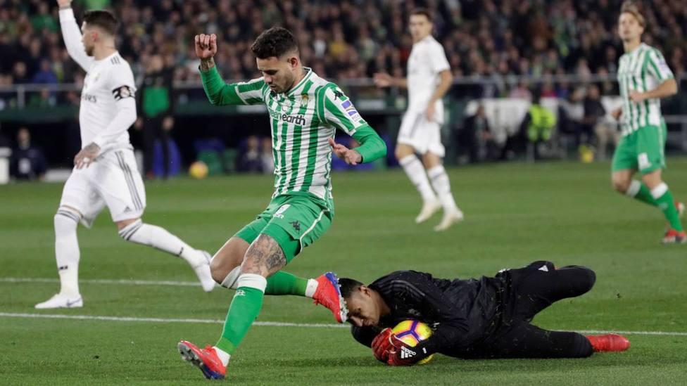 Sanabria ante el Real Madrid en la temporada 2018/19