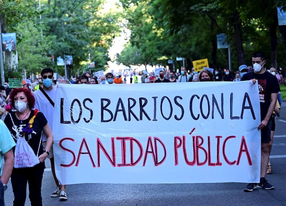 Centenares de personas machan en Madrid contra la privatización de la sanidad