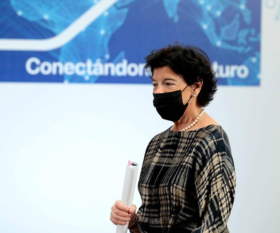 Pedro Sánchez presenta el Plan Digital España 2025 con directivos de grandes empresas del sector