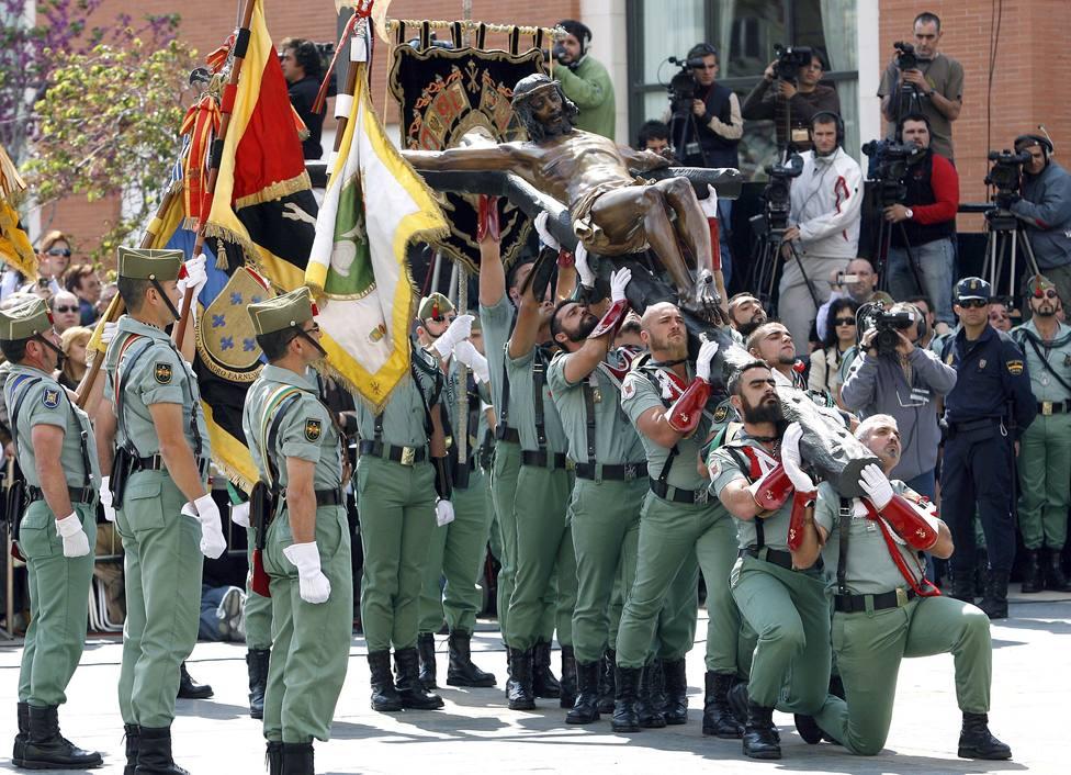La Legión en el traslado del Cristo de la Buena Muerte (Cristo de Mena) de Málaga
