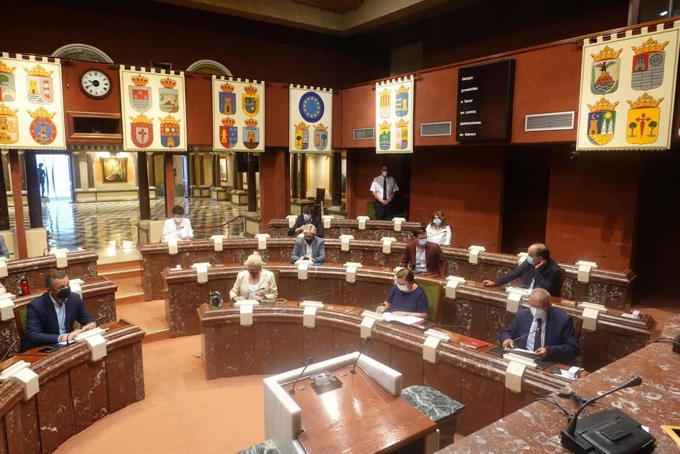 La Diputación Permanente se reunirá el 18 de enero para convalidar las medidas fiscales para la hostelería