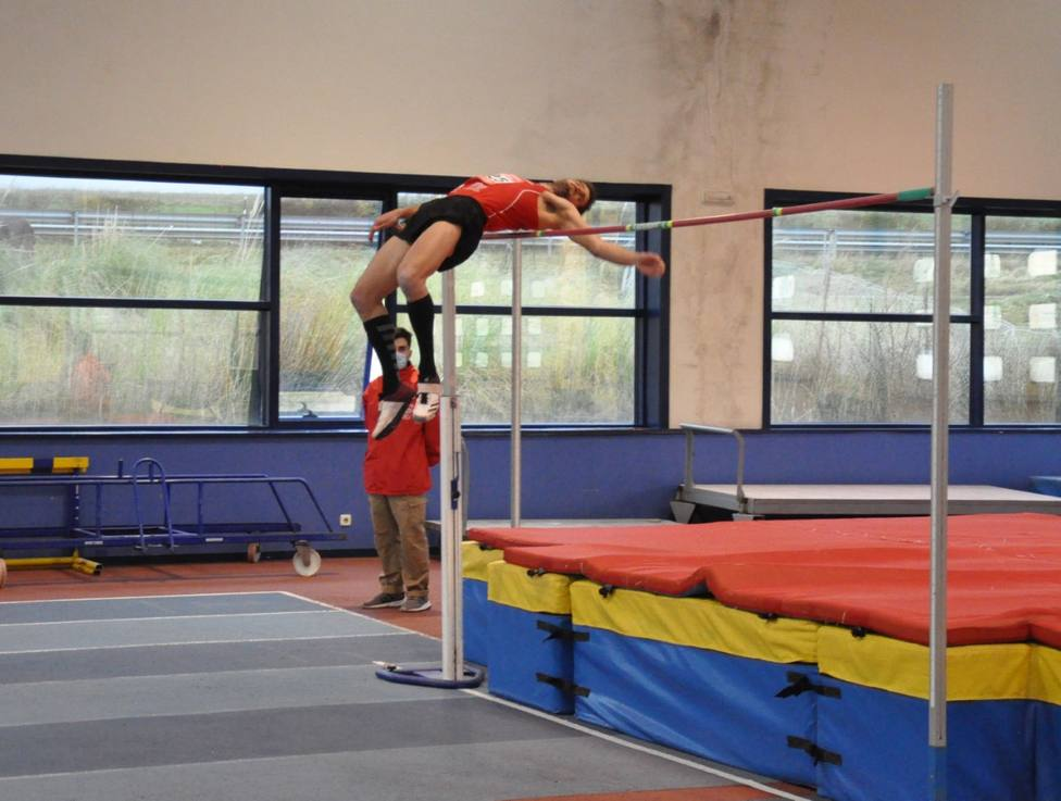 David Bolado, durante un entrenamiento en el módulo de atletismo en La Albericia. Foto: Torralbos Team