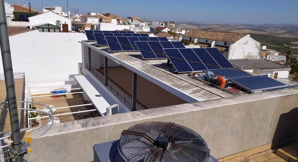 Edificios de Carcabuey y Nueva Carteya serán dotados de instalaciones de fotovoltaicas para autoconsumo