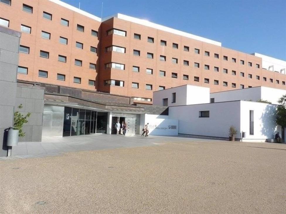 Sucesos.- Dos personas heridas tras la salida de la vía de un turismo en Daimiel (Ciudad Real)