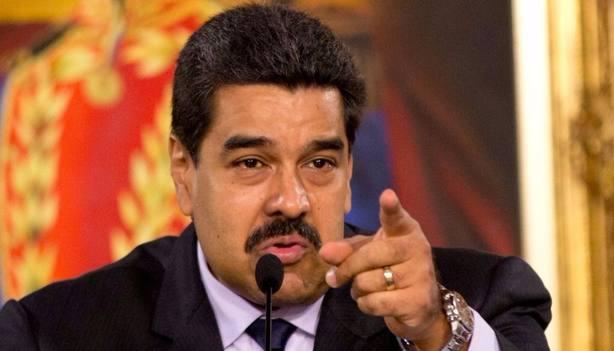 El PSOE se abstiene en el Congreso y evita que condenen el gobierno de Maduro