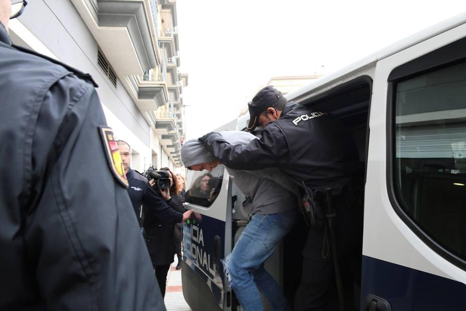 Prisión incomunicada y sin fianza para los detenidos por la muerte de un guardia civil
