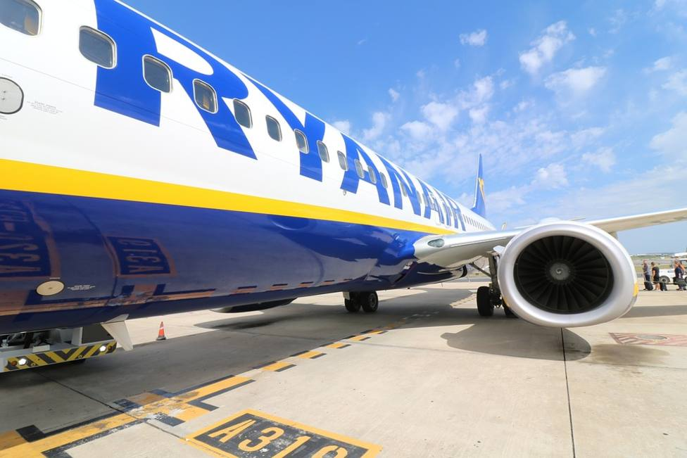 Ryanair pone un vuelo Santiago-Malta desde octubre