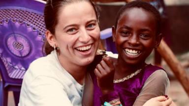 Ángeles de Kenya: las voluntarias influencers que triunfan en Instagram