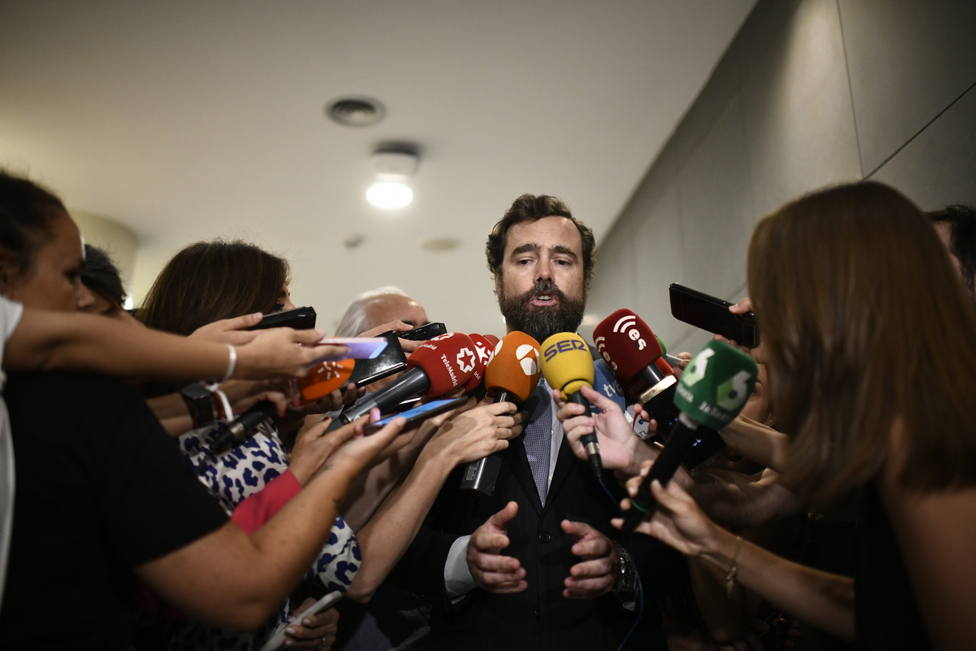 Vox confía en cerrar acuerdos en Madrid y Murcia y ofrece a Cs presentarlos con la fórmula que acarree menos desgaste