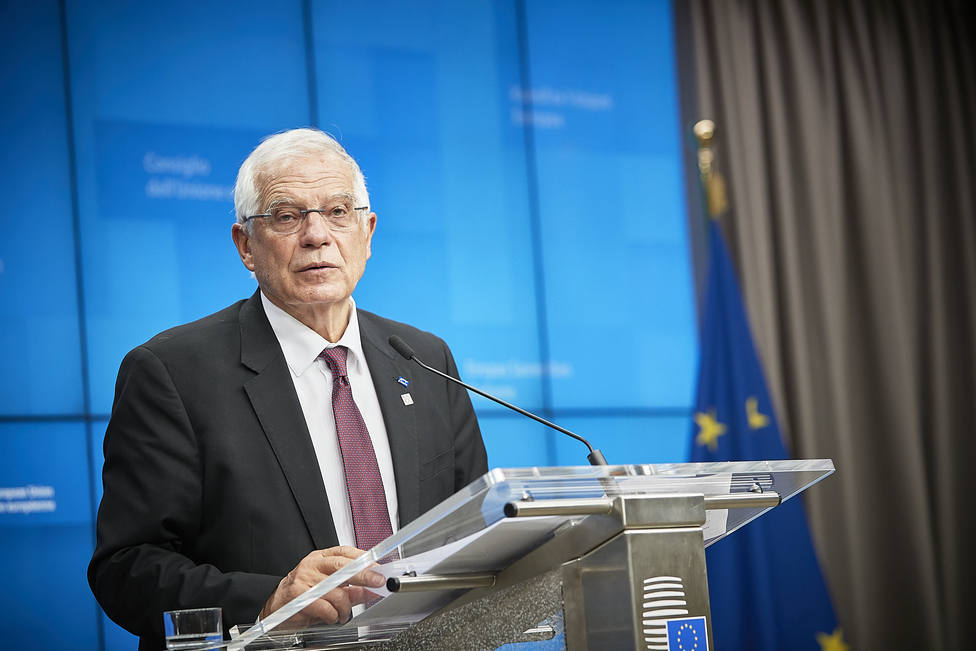 Borrell celebra el nuevo impulso en Libia y apunta a que la UE pueda vigilar el alto el fuego