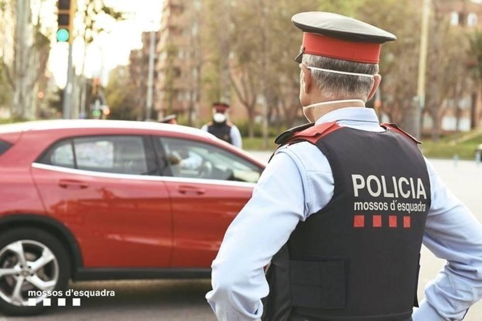 Mosso dEsquadra patrullando