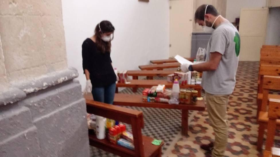 Cáritas Menorca recibe un incremento en la demanda de alimentos