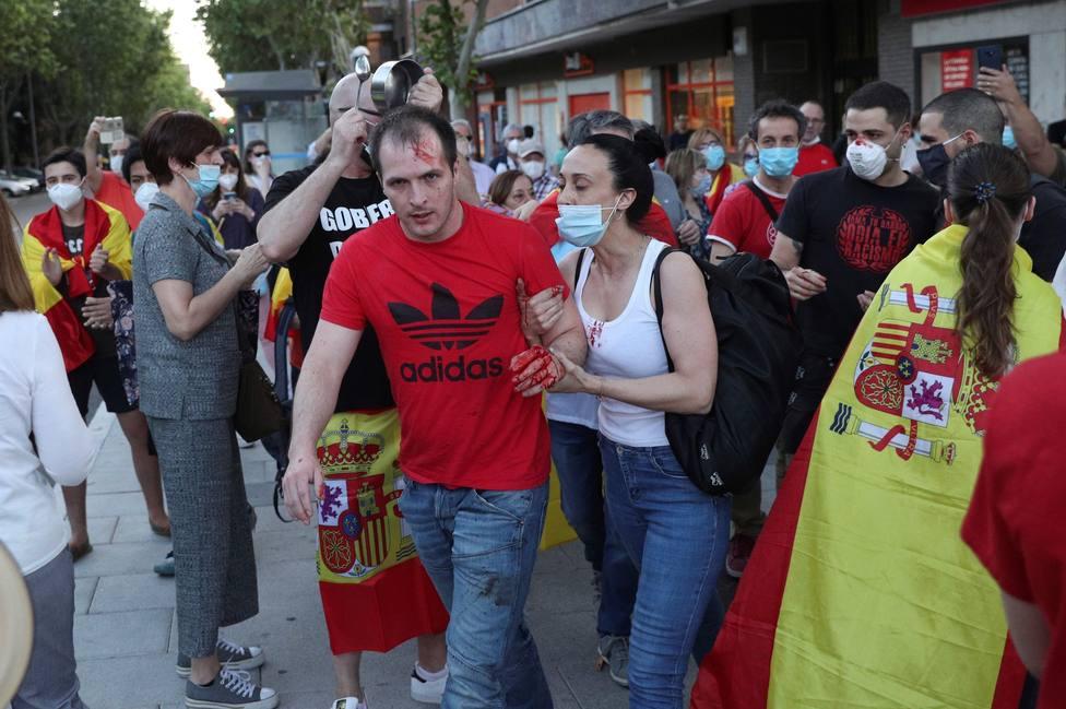 Un herido durante las protestas contra el Gobierno en Madrid