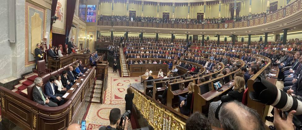 La quinta parte de los diputados del Congreso pide compaginar el escaño con su profesión o cargo público