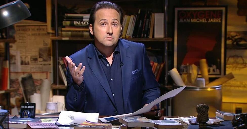 La última noticia sobre el coronavirus que ha dejado a Iker Jiménez helado