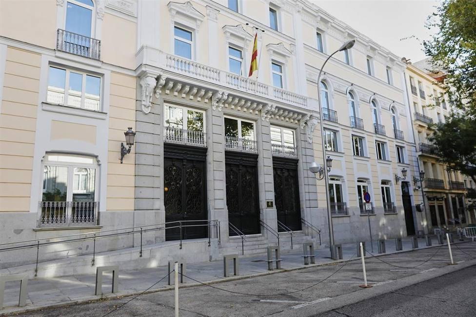 El juez deja en libertad a la mujer del excomisario Villarejo