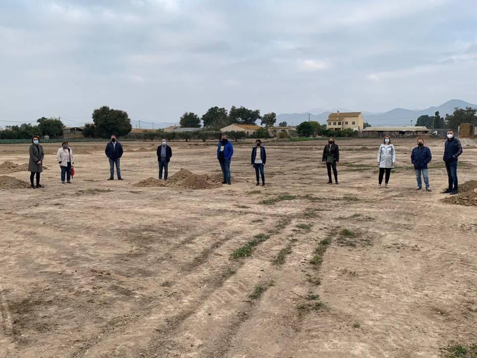 El Ayuntamiento de Lorca trabaja en la creación de una zona de ocio vecinal en Campillo