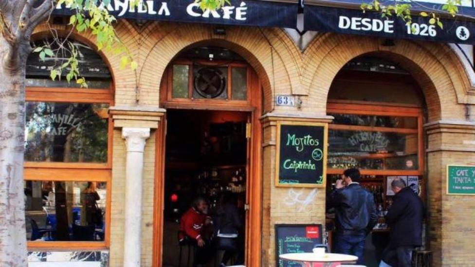Adios al bar Habanilla de la Alameda tras casi tres décadas de música, paellas e historias