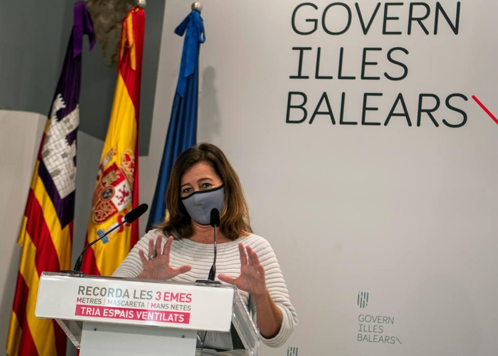 Armengol no descarta decretar un nuevo confinamiento en Palma ante el incremento de contagios