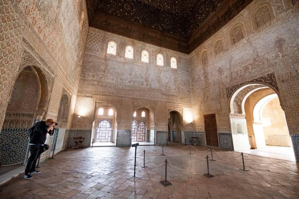 La Alhambra se mantendrá abierta pese al cierre perimetral de Granada