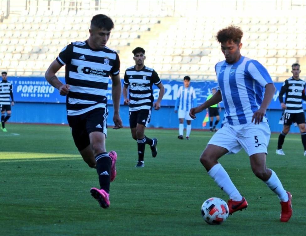 El Lorca FC pierde 0-2 contra el Cartagena B