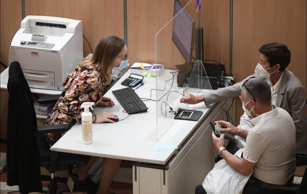 Hacienda prevé 960.000 declaraciones en Canarias y devolver 502 millones, un 1,2% menos