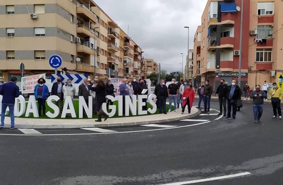 Protesta para rechazar el trazado ferroviario actual para la llegada del AVE