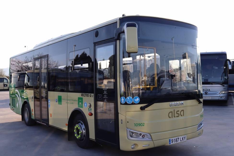 Granada.- El Consorcio de Transporte Metropolitano refuerza once de sus líneas