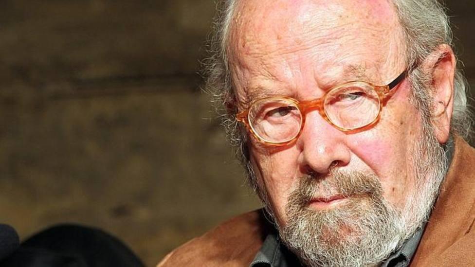 Muere Caballero Bonald, viven para siempre sus poemas y novelas