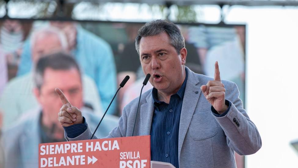 Juan Espadas, el favorito de Ferraz que se enfrenta a Susana Díaz en las primarias del PSOE andaluz