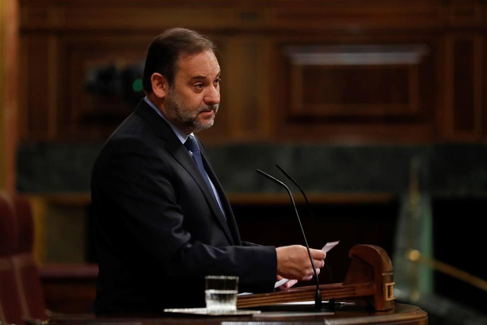 Ábalos justifica la presencia de Junqueras en la mesa de diálogo hablando de Nelson Mándela y la Transición