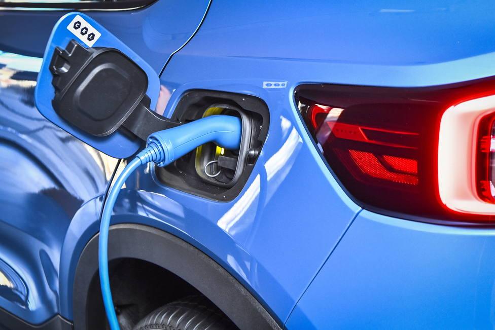 El coche eléctrico no coge velocidad en España