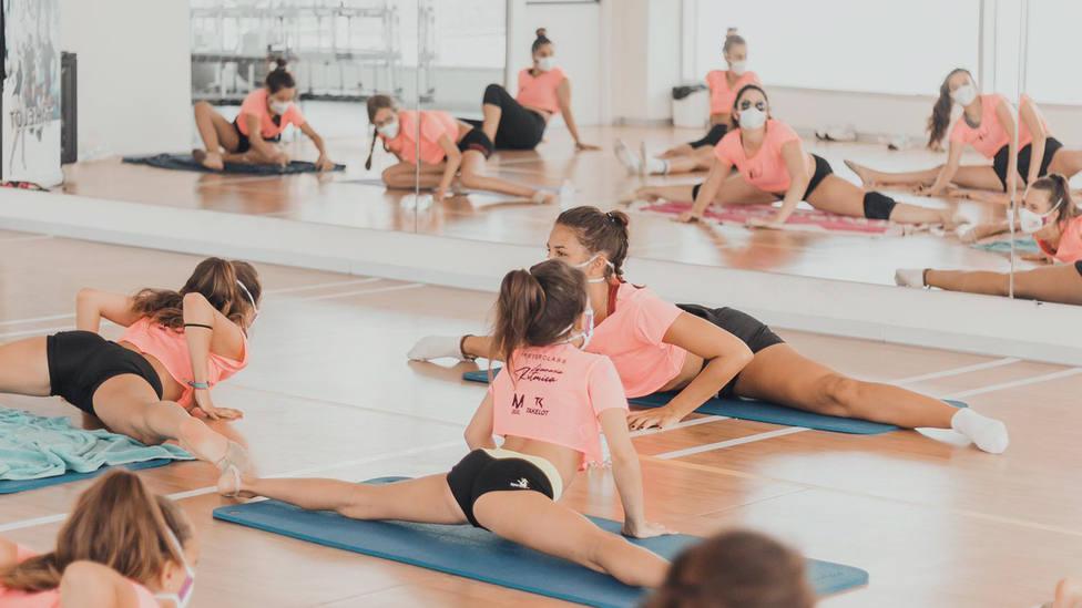 La campeona de España Raquel Alonso, invitada de excepción en el II Campus de Gimnasia Rítmica