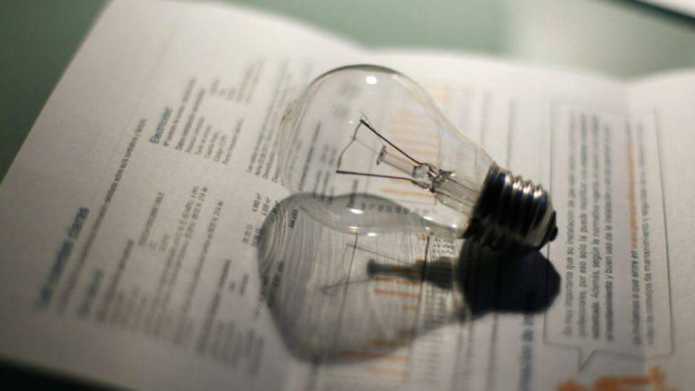 El Gobierno afirma que ha hecho lo que está en su mano para reducir el precio de la luz