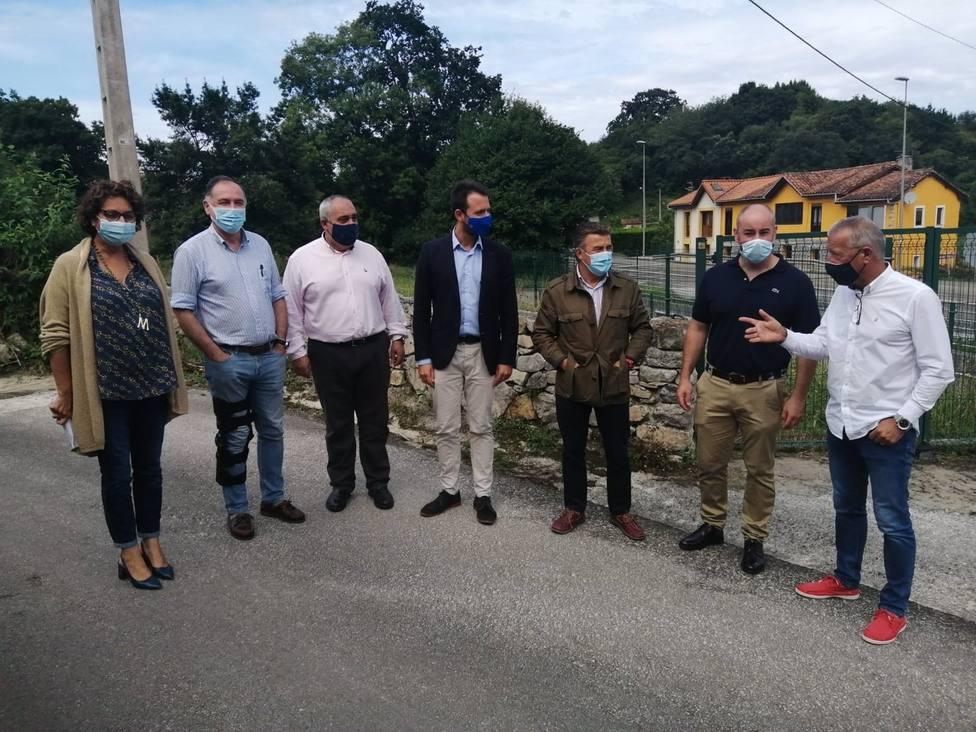 Varios dirigentes del PP se acercaron a conocer las consecuencias de las inundaciones después de 3 meses