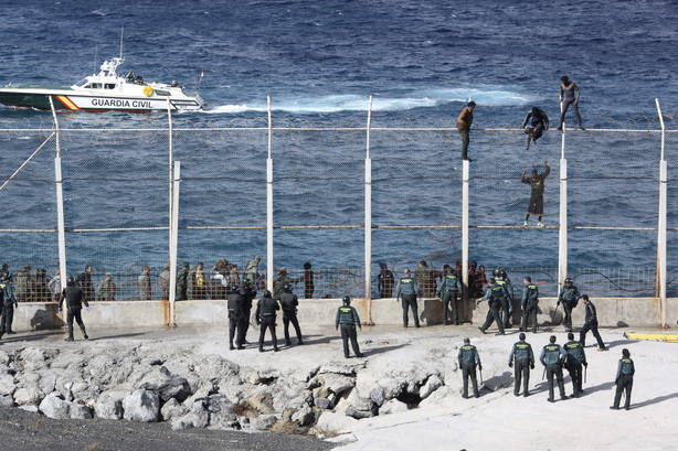 Asalto a la valla de Ceuta
