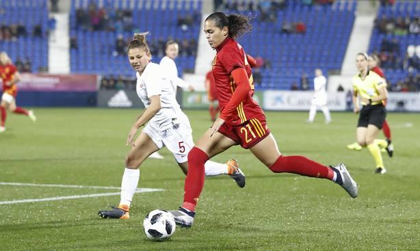 España vence a Polonia en su preparación para el Mundial femenino