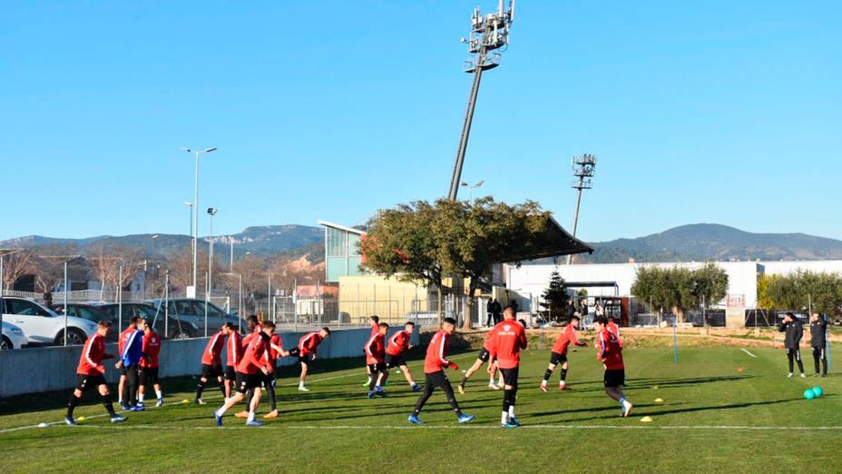 Entrenamiento del Reus de cara al partido ante el Málaga (@cfreusdeportiu)