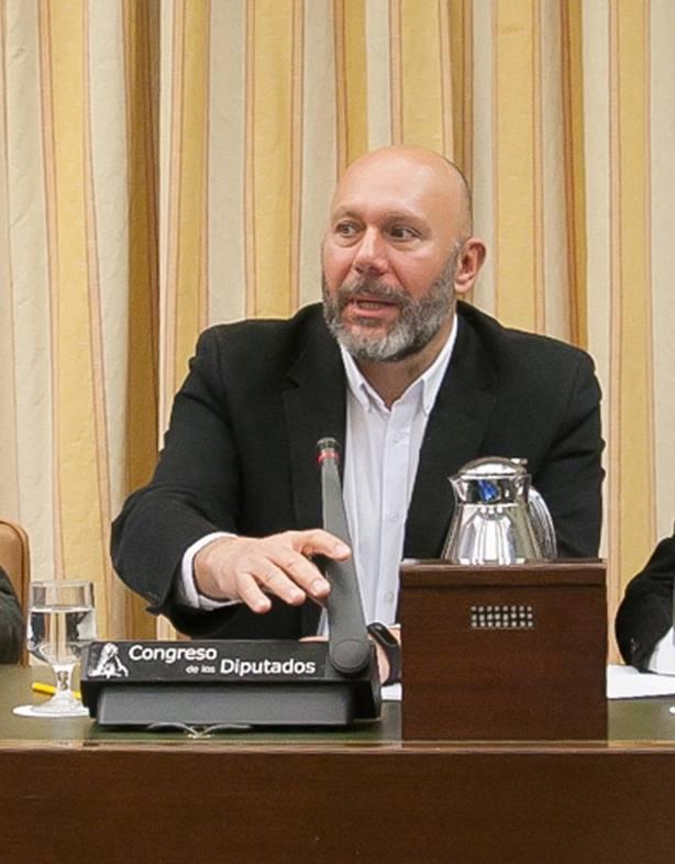 Una corriente crítica de IU rechaza el expediente a Llamazares y acusa a la dirección de perseguir a los militantes