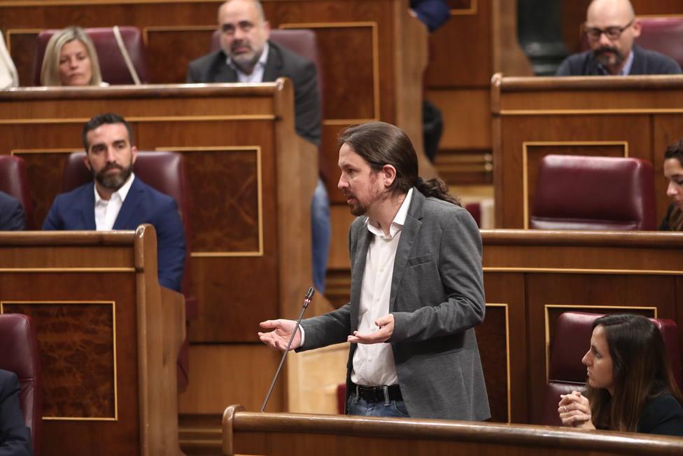 Iglesias anuncia que comunicará al Rey su abstención si no alcanza un acuerdo con el PSOE para la investidura de Sánchez