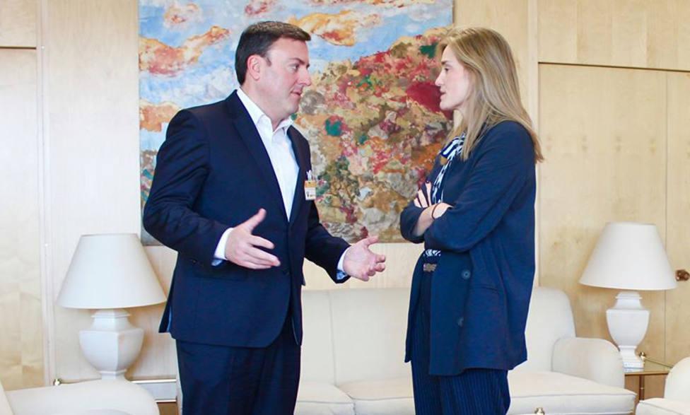 González Formoso con la secretaria de Estado de Energía del Ministerio de Transición Ecológica - FOTO: Cedida