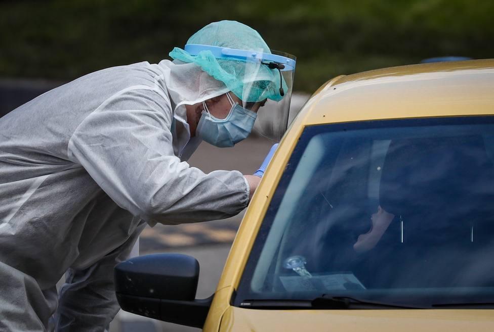 El Reino Unido supera 37.000 muertos por COVID-19 y detecta 2.004 ...
